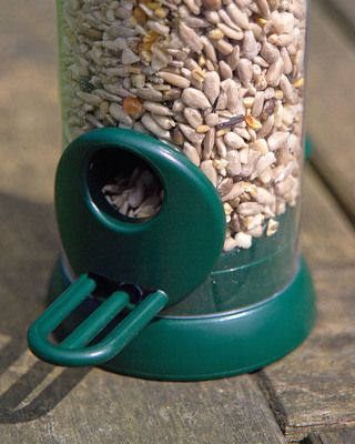 """Bird lovers"" Small seed feeder"
