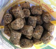 """Peckish"" Daily goodness Suet nuggets"
